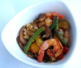 Healthy fast food: Gingered shrimp and crispy vegetable saute