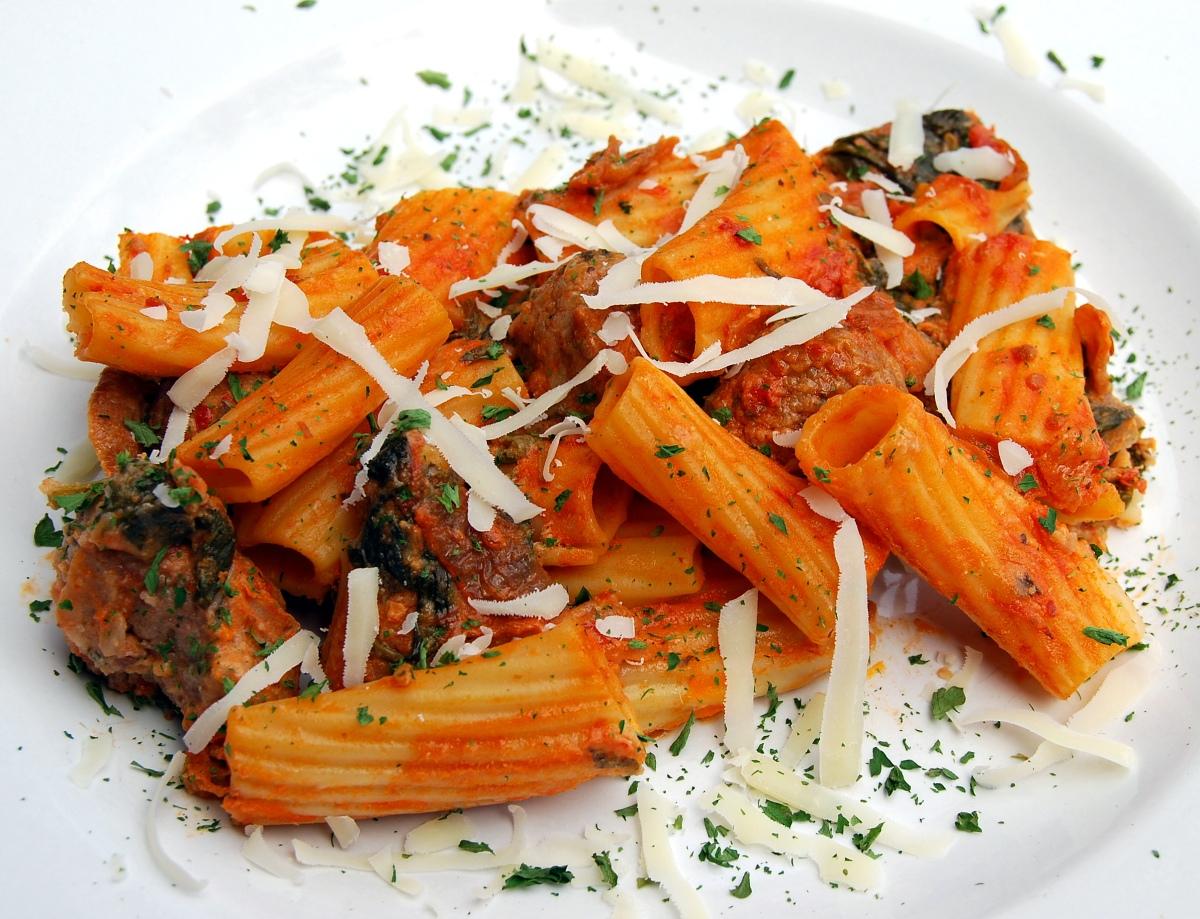 Heart-healthier Italian sausage-rigatoni bake