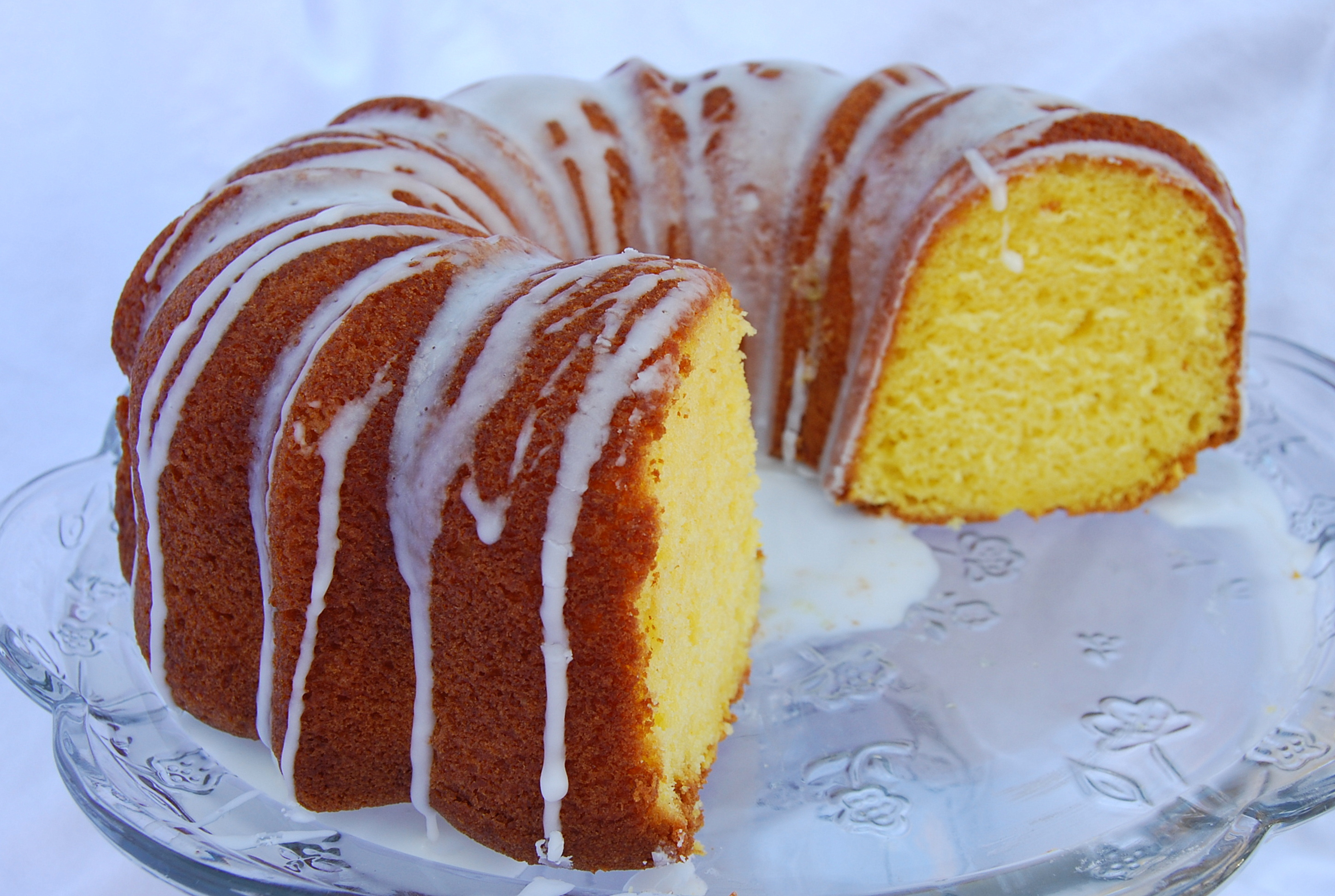 Moist Lemon Bundt Cake In Mama Stephs Kitchen