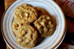 Mama Steph's macadamia nut cookies