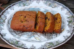 Mama Steph's pumpkin-cranberry bread
