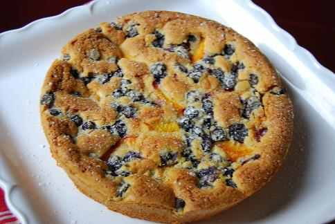 blueberry peach coffee cake